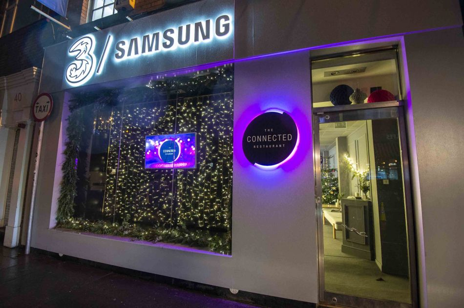 Three & Samsung The Connected Restaurant